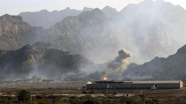صورة نساء واطفال ضحايا غارات سعودية بعدة مناطق في اليمن