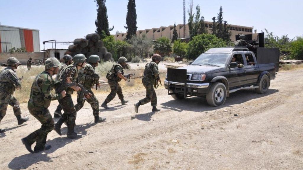 صورة الجيش السوري يطهر حي غويران ويوقف تمدد داعش الارهابي في الحسكة