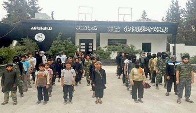 صورة داعش الارهابي يختطف ۱۲۷ طفلا في الموصل بالعراق
