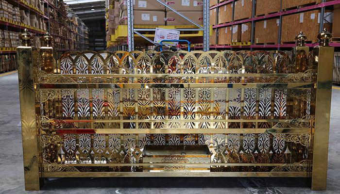صورة ما يزيد عن(380) مكتبة تزين مرقد الامام الحسين عليه السلام
