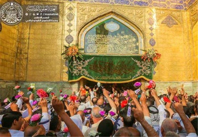 صورة تقرير مصور : هكذا احتفل عشاق الإمام علي (ع) بعيد الغدير عند مقامه الشريف في النجف الأشرف