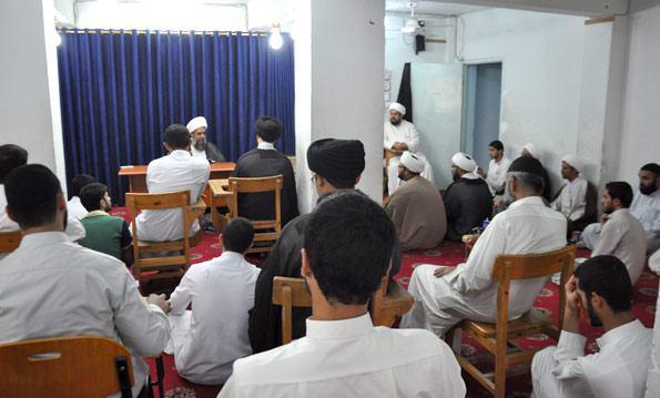 صورة مدرسة العلامة أحمد بن فهد الحلي رحمه الله تحتفل بعيد الغدير الأغر
