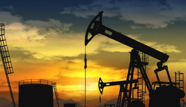 صورة السعودية تخسر حصتها في سوق النفط أمام منافسيها