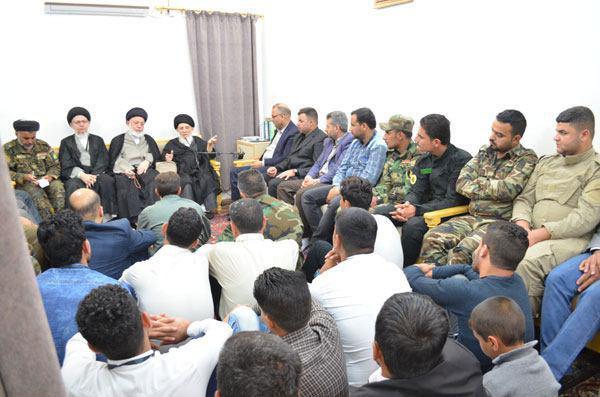 Photo of المرجع الحكيم يدعو مقاتلي الحشد الشعبي ليكونوا قدوة لشعبهم