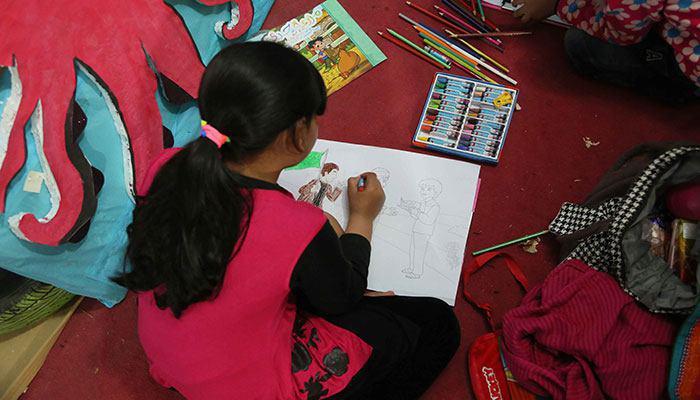 صورة آلاف الأطفال يجتمعون في  باكستان والسبب…