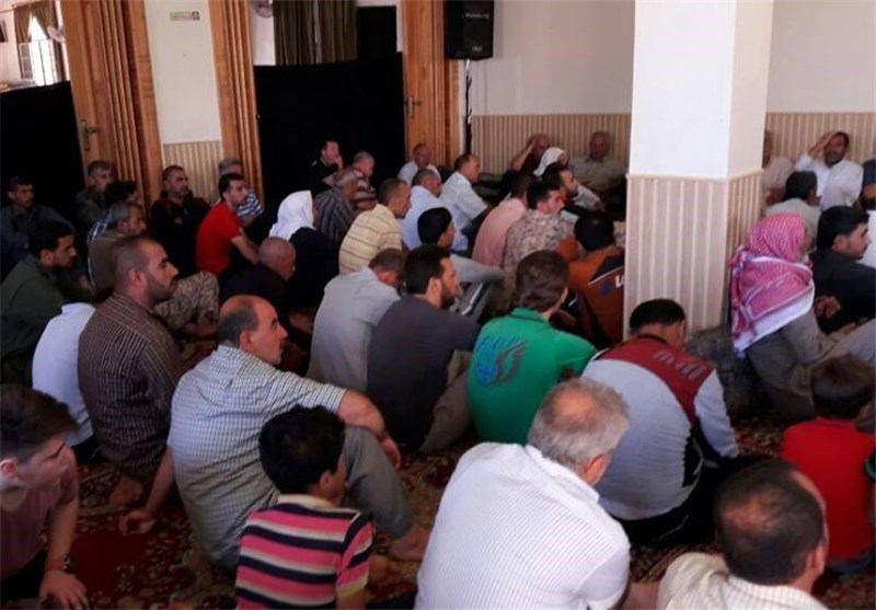 صورة رغم التهديدات الإرهابية.. أهالي نبل والزهراء بريف حلب يقيمون صلاة عيد الفطر