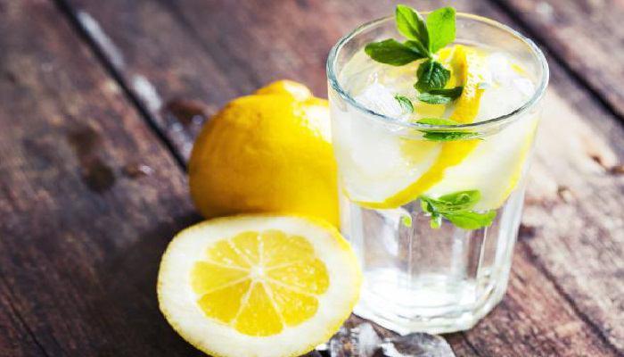 صورة سبع فوائد مذهلة لشراب الماء و الحامض