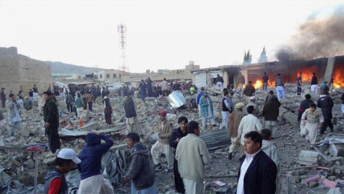 صورة مقتل 6 أشخاص بهجوم انتحاري شمال غرب باكستان