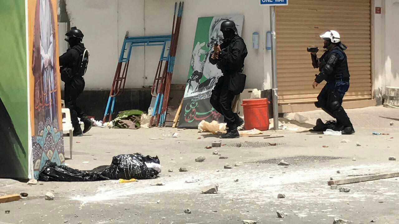 Photo of سياسيون ومثقفون عرب يدعون المنامة لوقف عنفه الدموي
