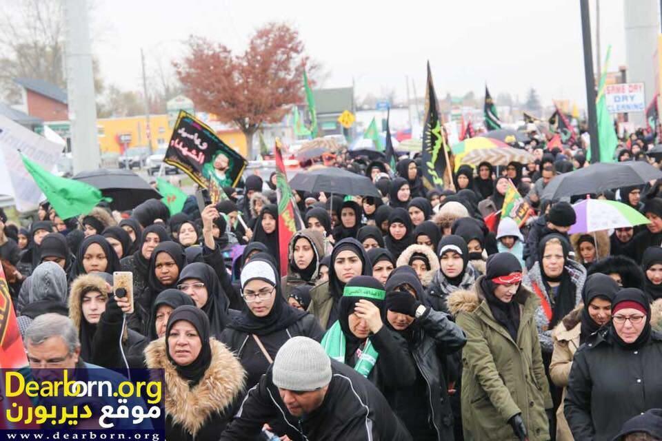 صورة مسيرة حسينية عزائية في مدينة ديربورن الأمريكية بمناسبة الاربعين الحسيني