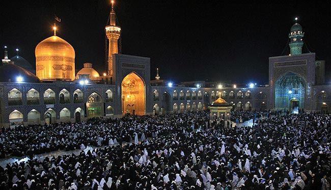 صورة توقعات بوصول أكثر من 330 ألف زائر الى مشهد المقدسة سيرا على الأقدام