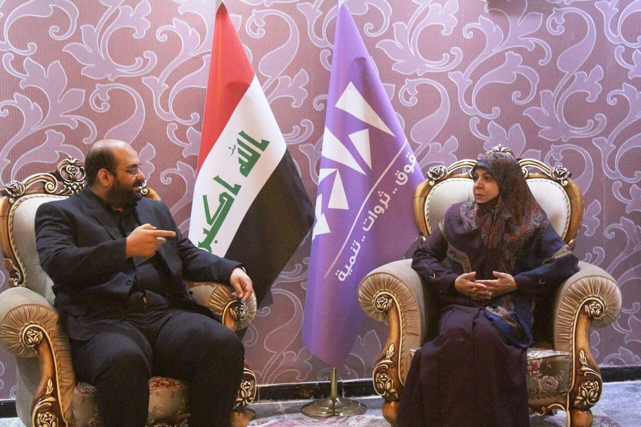 صورة نائب الامين العام لمنظمة العمل الاسلامي يزور عضو مجلس النواب العراقي حنان الفتلاوي
