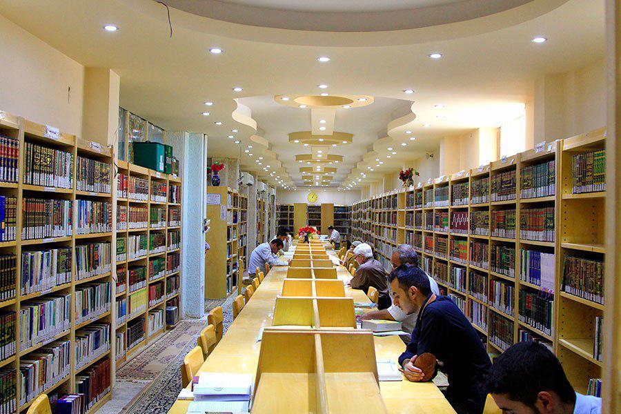 Photo of مكتبة العتبة العلوية توفر أكثر من مليوني كتاب ورسالة جامعية وكتاب رقمي خلال عام 2017