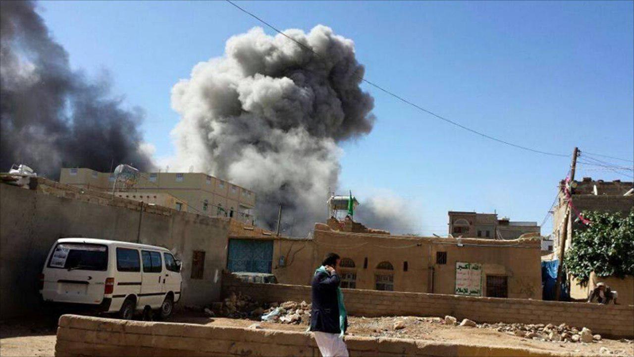 صورة شهداء وجرحى بقصف للطيران السعودي على عدد من المحافظات اليمينة