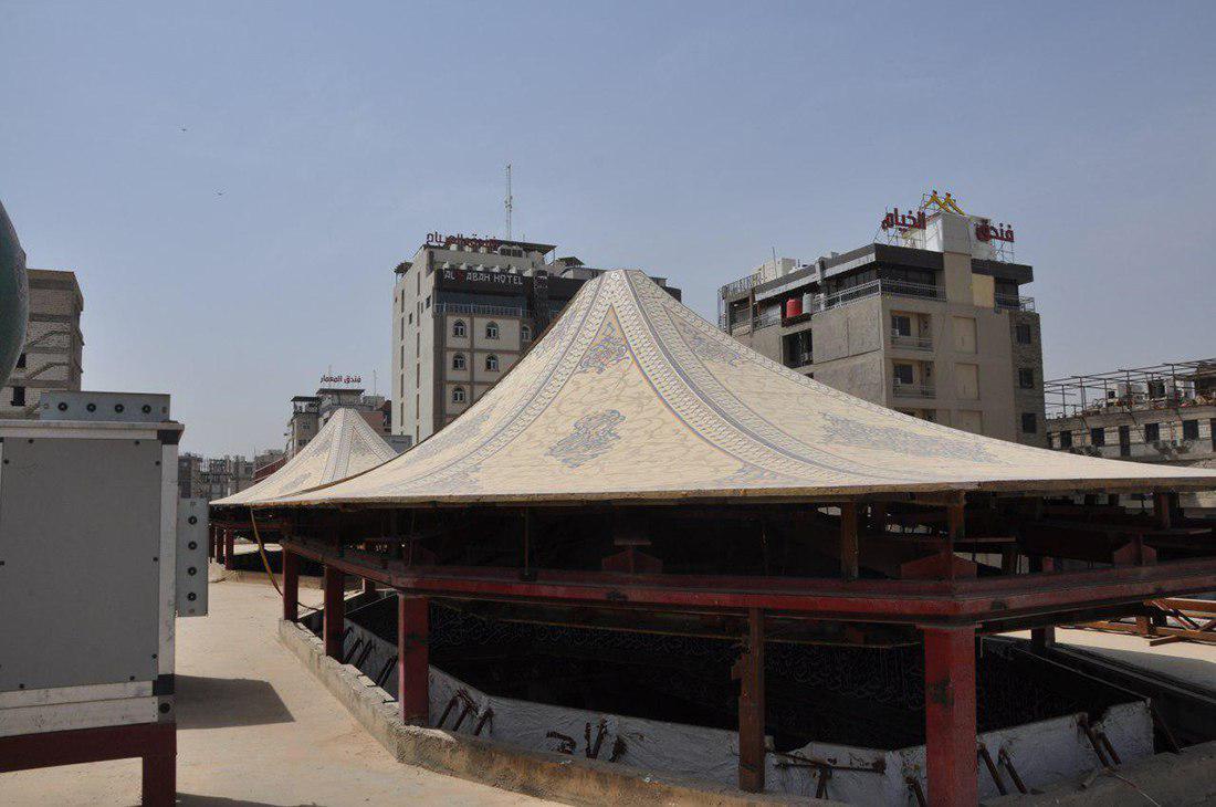 صورة مراحل انجاز متقدمة يشهدها مشروع تسقيف مخيم الامام الحسين عليه السلام في كربلاء المقدسة (صور)