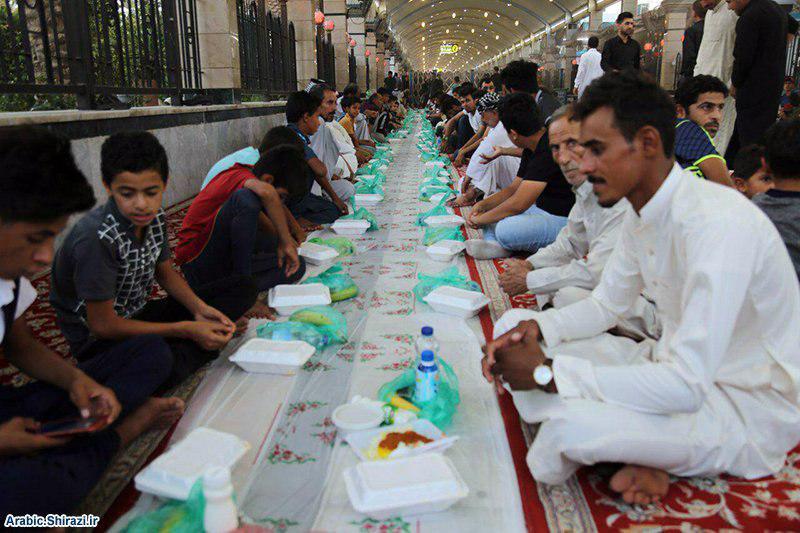 صورة مؤسسة ام ابيها تقيم مأدبة إفطار جماعي بمنطقة ما بين الحرمين الشريفين في كربلاء المقدسة