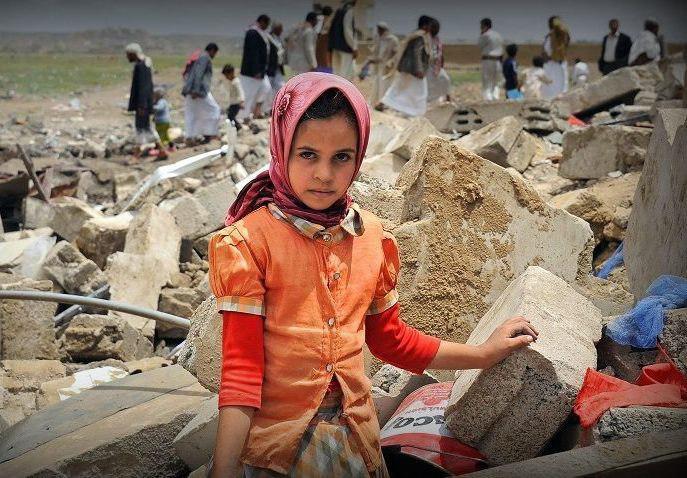 Photo of نزوح 35 ألف أسرة من الحديدة جراء الحرب التي يشنها التحالف السعودي