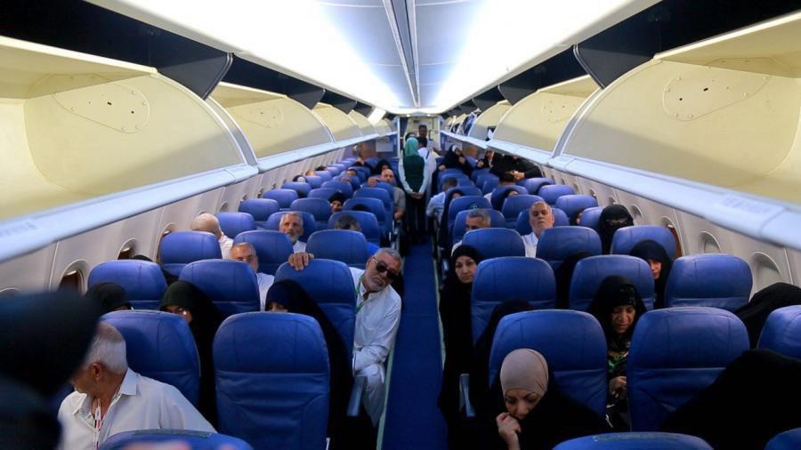 صورة خدمة اميرالمؤمنين عليه السلام يودعون قوافل حجاج بيت الله الحرام عبر مطار النجف