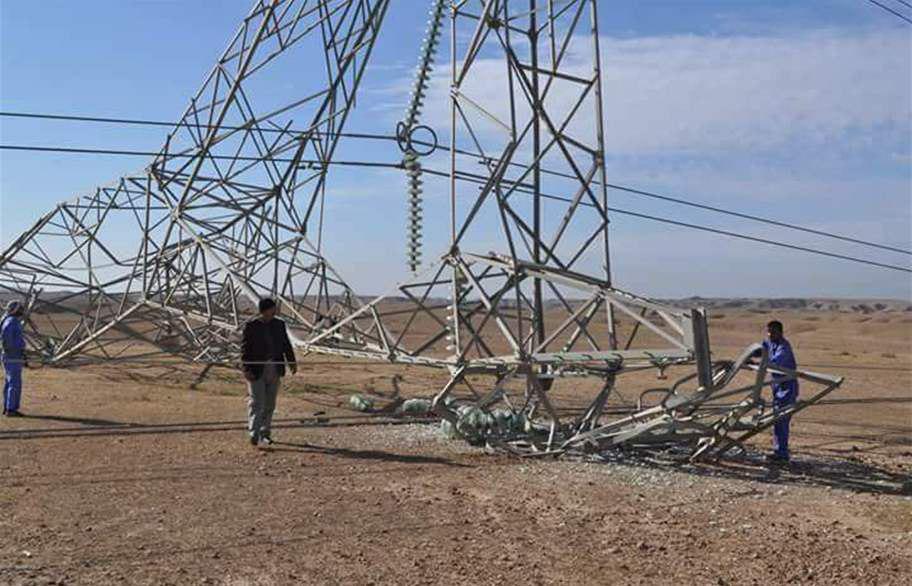 صورة العراق: داعش الارهابي يهاجم أبراج الكهرباء في الحويجة ويتسبب بقطع الطاقة
