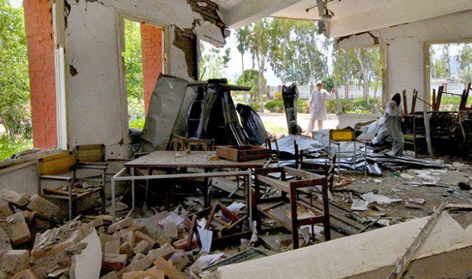 صورة باكستان: ارهابيو طالبان يحرقون مدرستين للبنات في بلوشستان
