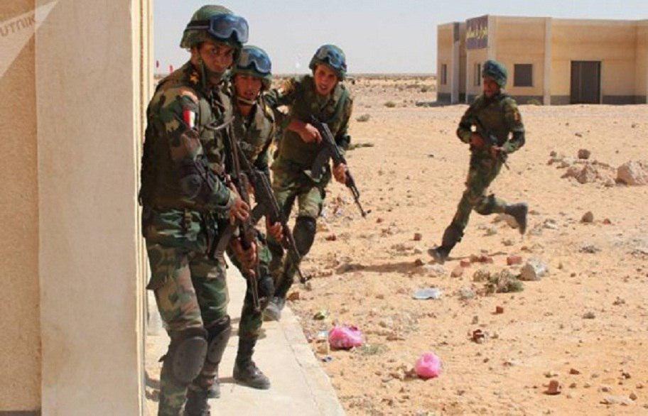 صورة قوات الأمن المصرية تقتل 12 مسلحاً في العريش