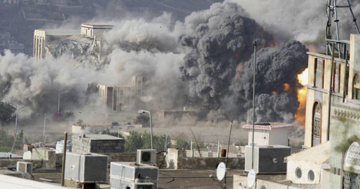 صورة طيران التحالف يواصل شن غاراته على المحافظات اليمنية