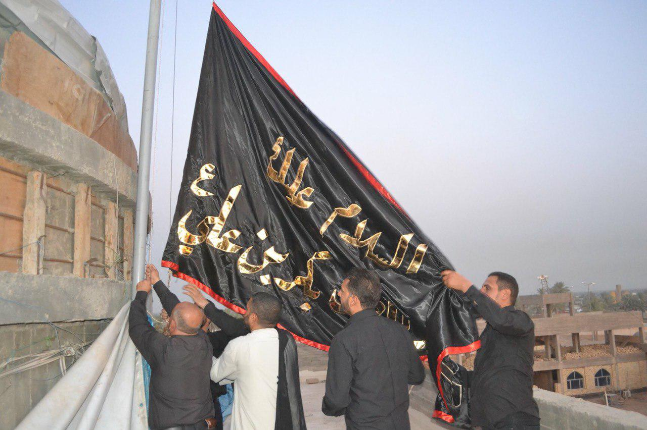 صورة بالصور .. المزارات المقدسة في العراق تلبس ثوب العزاء على أعتاب عاشوراء