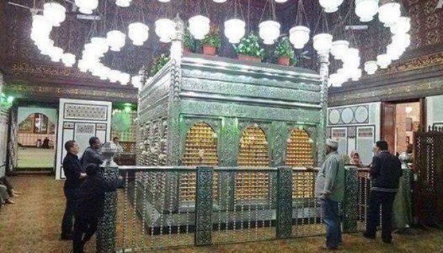صورة مصر تغلق ضريح الامام الحسين عليه السلام في عاشوراء للعام الخامس على التوالي