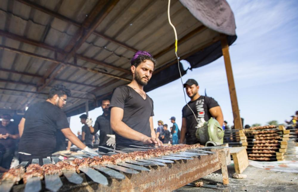Photo of اكثر من 2000 موكب شارك بتدقديم الخدمات لزوار الاربعين في محافظة الديوانية