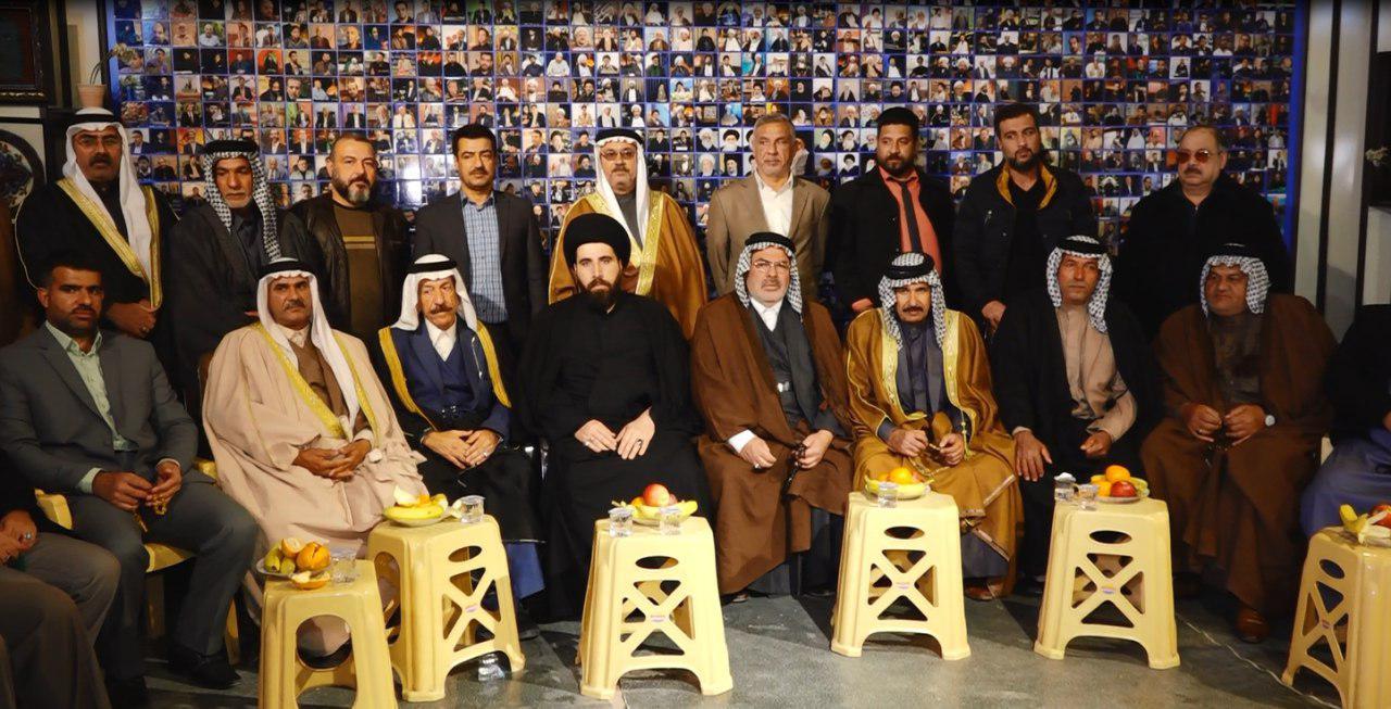صورة وفد من عشائر شمر يزور مجموعة الامام الحسين عليه السلام الاعلامية