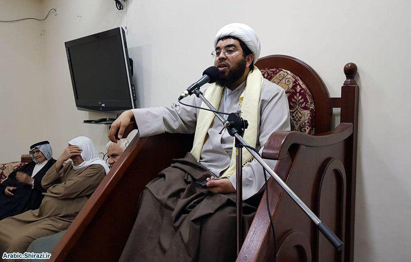 صورة انعقاد المجلس الاسبوعي في مكتب وكيل المرجع الشيرازي في البحرين