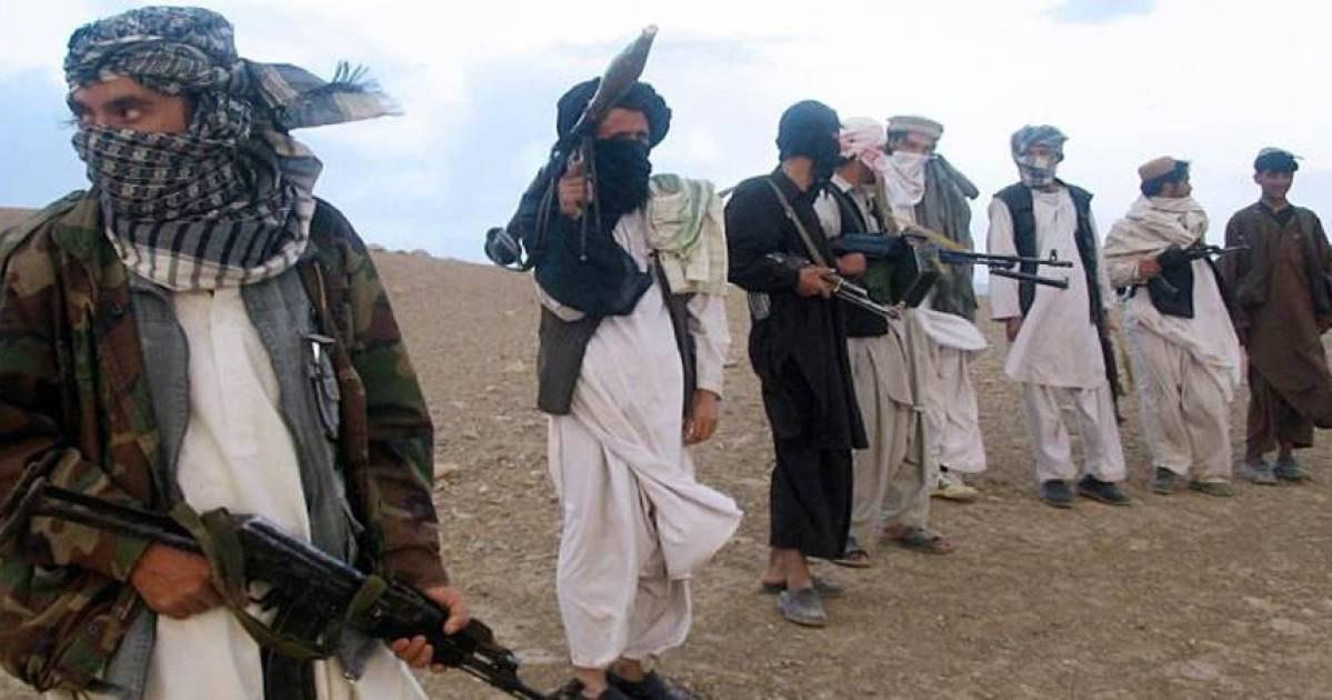 صورة مقتل 21 مسلحا من طالبان إثر غارة جوية جنوب شرق أفغانستان