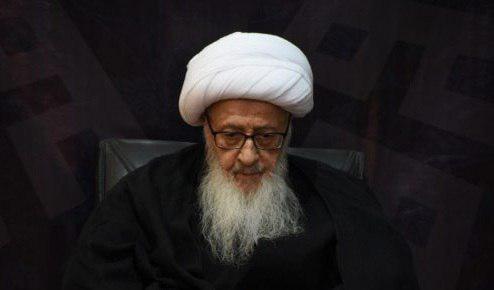 صورة المرجع الخراساني يشدد على اتشاح اصقاع البلاد بالسواد احياء للشعائر الحسينية