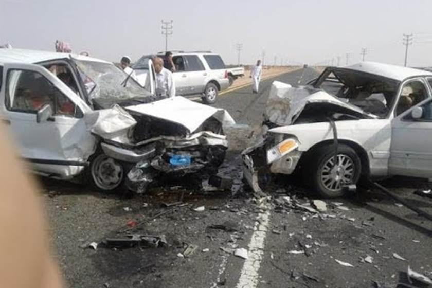 Photo of العراق: 9 قتلى بتصادم مركبتين غرب ذي قار