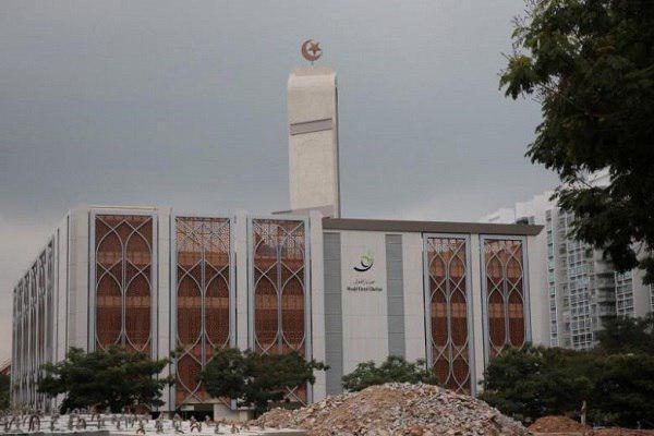 صورة سیاسي سنغافوري يشيد بتعايش المسلمين مع أتباع الديانات