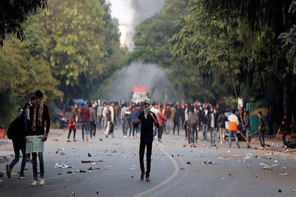 Photo of الهند تقطع الإنترنت بعد احتجاجات على قانون يستهدف المسلمين