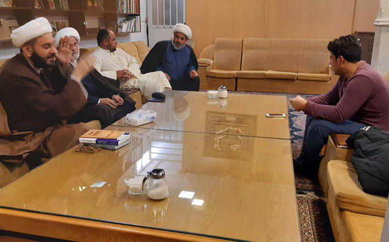 صورة ناشطون دينيون من بغداد وخوزستان يلتقون بمسؤولي اللجنة العالمية للهيئات والمواكب الحسينية في قم المقدسة