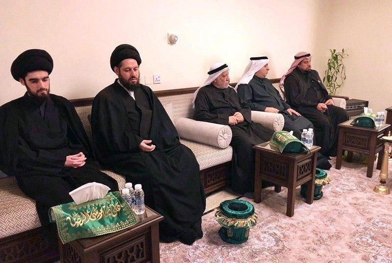 صورة نجل المرجع الشيرازي يواصل المشاركة في مجالس العزاء الفاطمية في الكويت