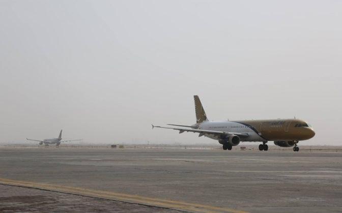 صورة ايران تعلق الرحلات الجوية والبرية الى العتبات المقدسة في العراق.