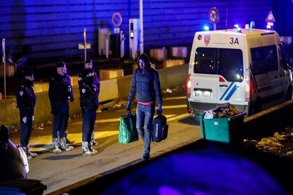 صورة إصابة شخص في هجوم مسلح استهدف مسجداً في باريس