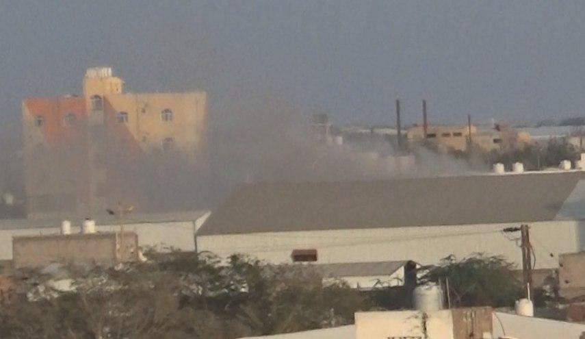 صورة مدفعية التحالف السعودي تستهدف عددا من مناطق الحديدة اليمنية