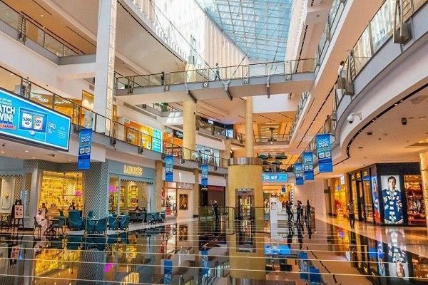 صورة الإمارات تُعيد فتح مصليات المراكز التجارية