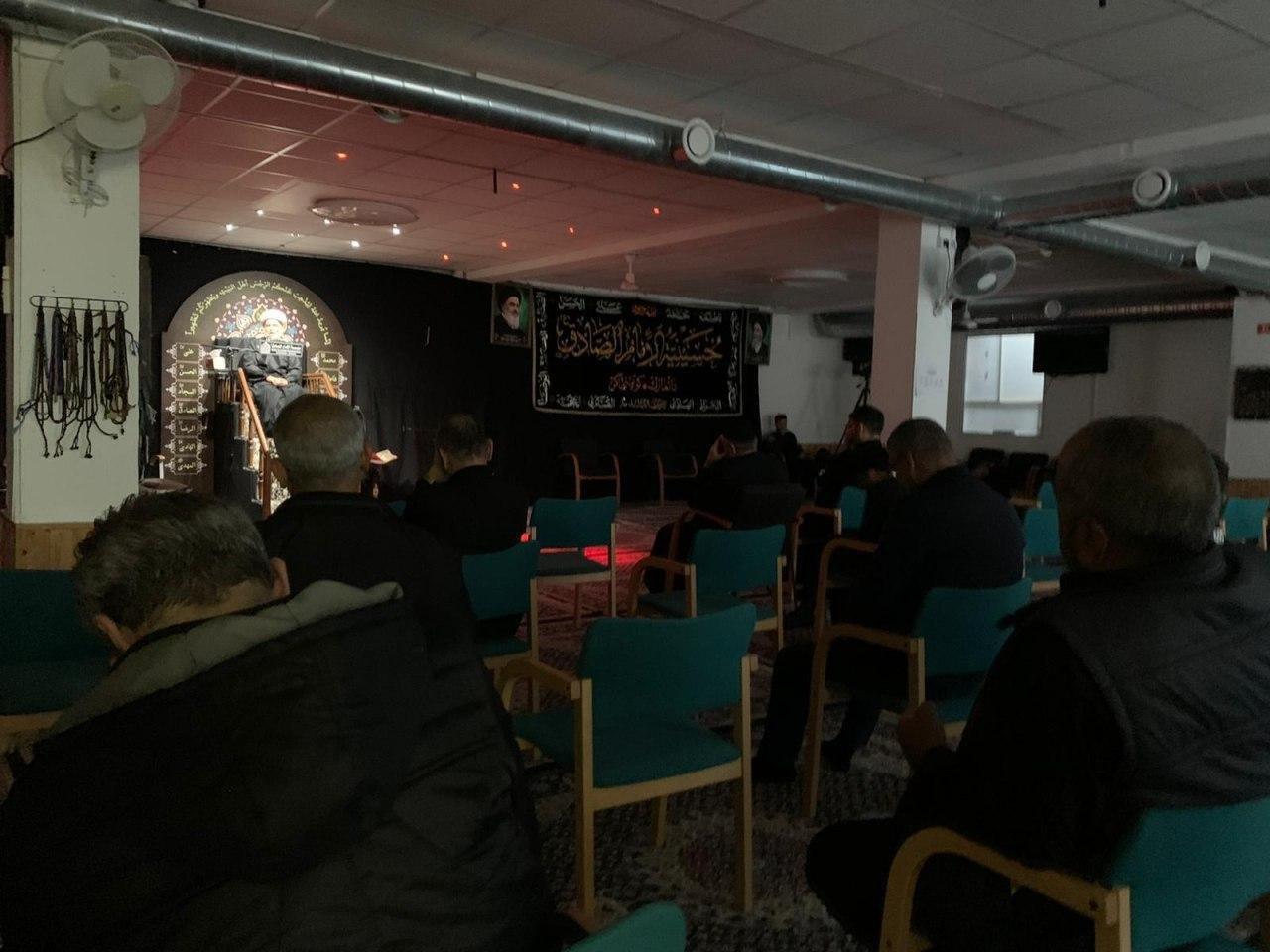 صورة من العراق الى الدنمارك .. مراكز المرجعية الشيرازية تحيي ذكرى شهادة الإمام الباقر عليه السلام