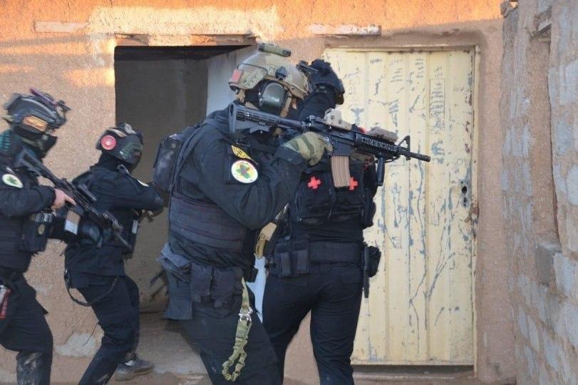 صورة جهاز مكافحة الإرهاب يلقي القبض على ثلاثة إرهابيين في محافظتين عراقيتين
