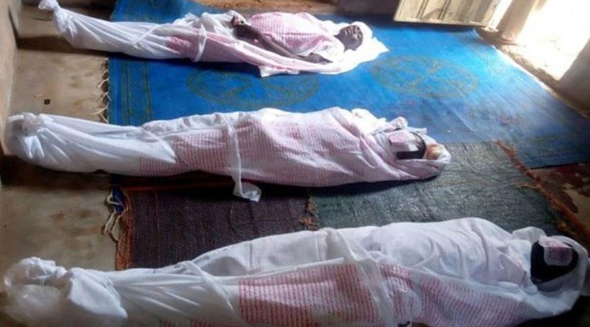 صورة استشهاد 3 أشخاص بهجوم للشرطة النيجيرية على مجلس عزاء حسيني