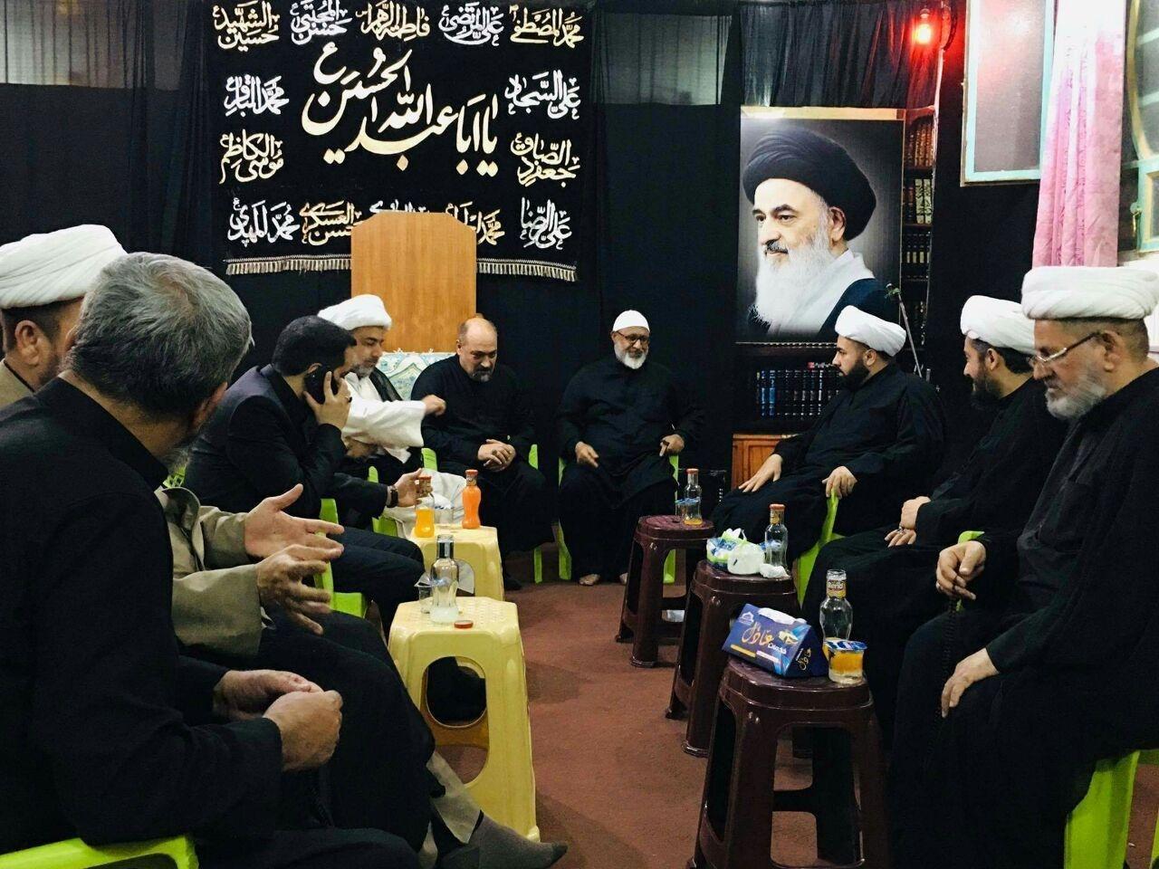 صورة وفد من مكتب المرجع الشيرازي يزور مركز أهل البيت عليهم السلام للفكر الإسلامي في بغداد