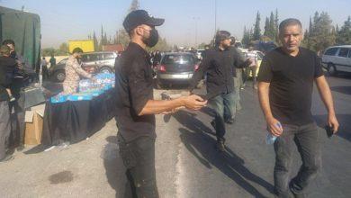 صورة شوارع دمشق تشمخُ بالمعزّين الماشين صوب مرقد السيدة زينب (عليها السلام) لإحياء الأربعينية