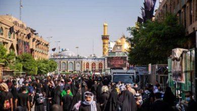 صورة استمرار توافد حشود الزوار إلى كربلاء المقدسة للمشاركة بزيارة الأربعين