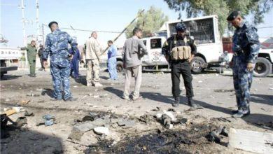 صورة استشهاد مدنيين اثنين من أُسرة واحدة بانفجار عبوة ناسفة غربي الرمادي