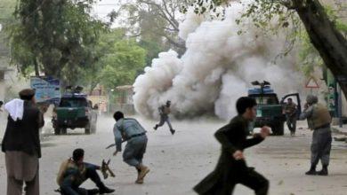 صورة 67 شخصاً بين قتيل وجريح في انفجارين وقعا وسط أفغانستان
